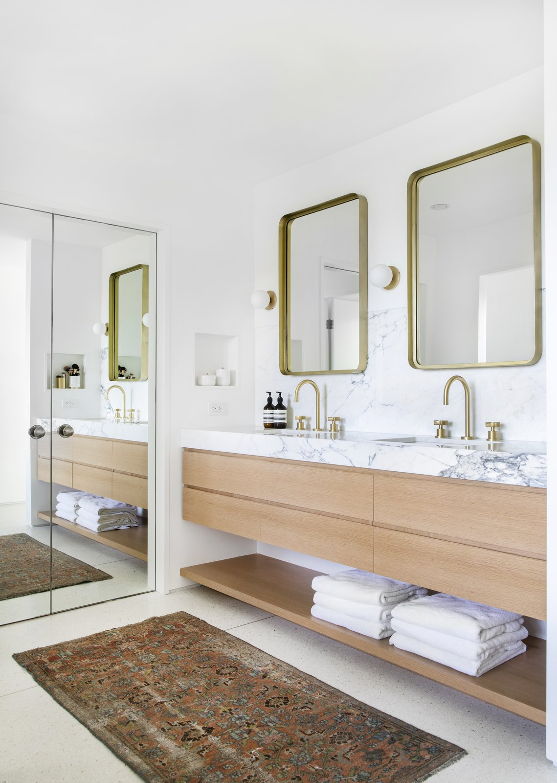 After: Mandy Moore midcentury home master bath