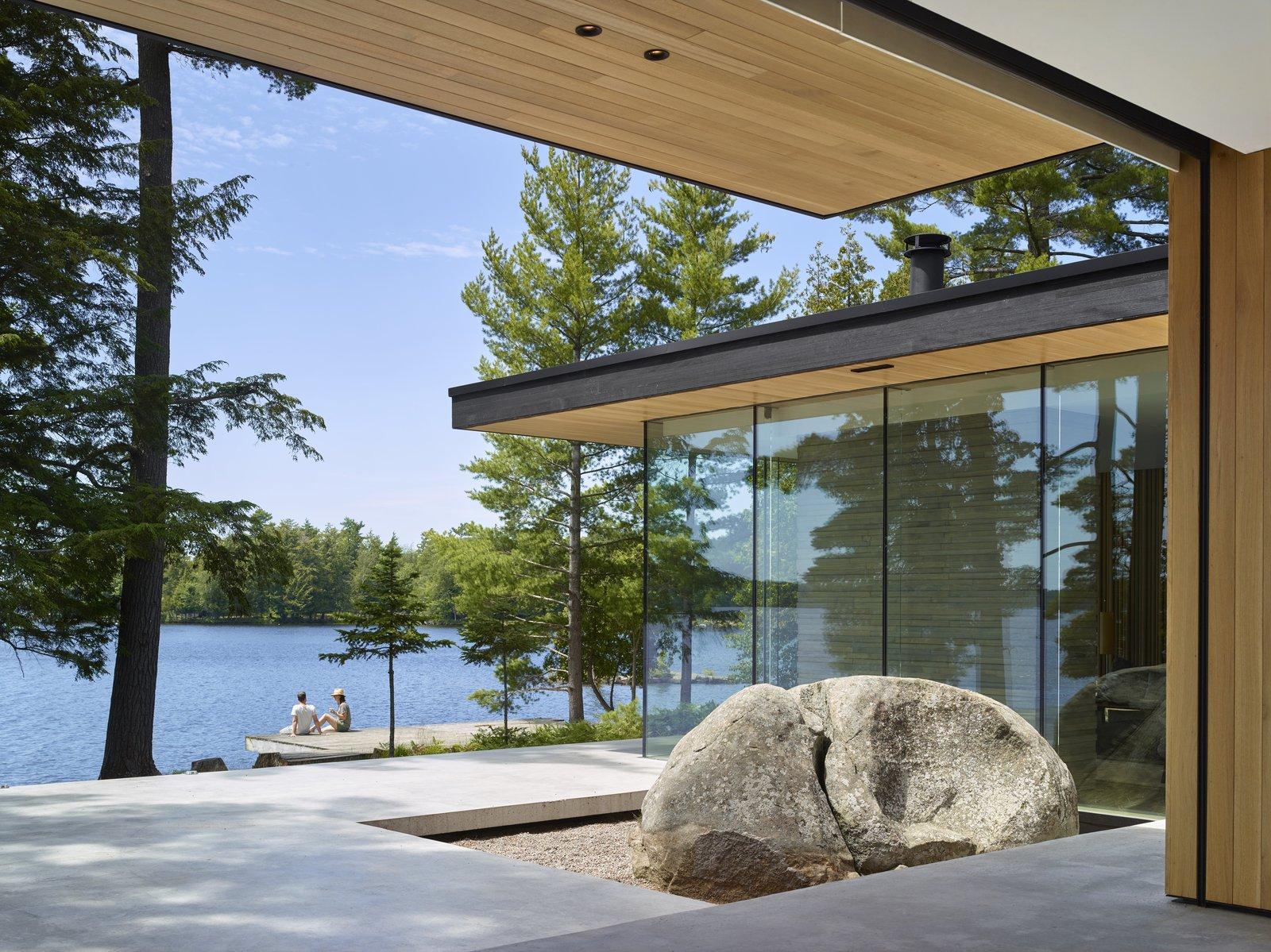Lake Manitouwabing Residence outdoor patio