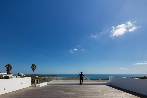 A rooftop deck provides views of the beautiful Algarve coast.