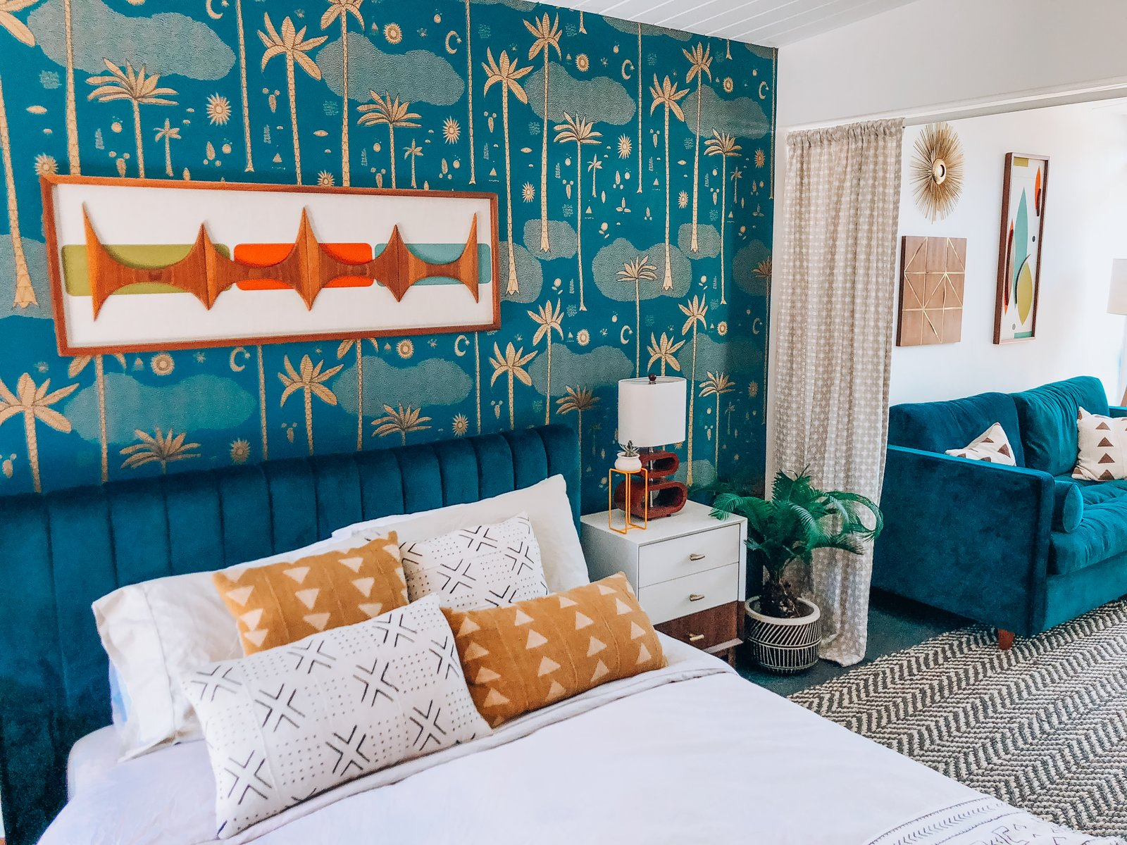 Dazey Desert House Danielle Nagel Bedroom