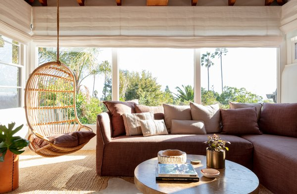 Best Modern Living Room Sectional Design Photos And Ideas Dwell