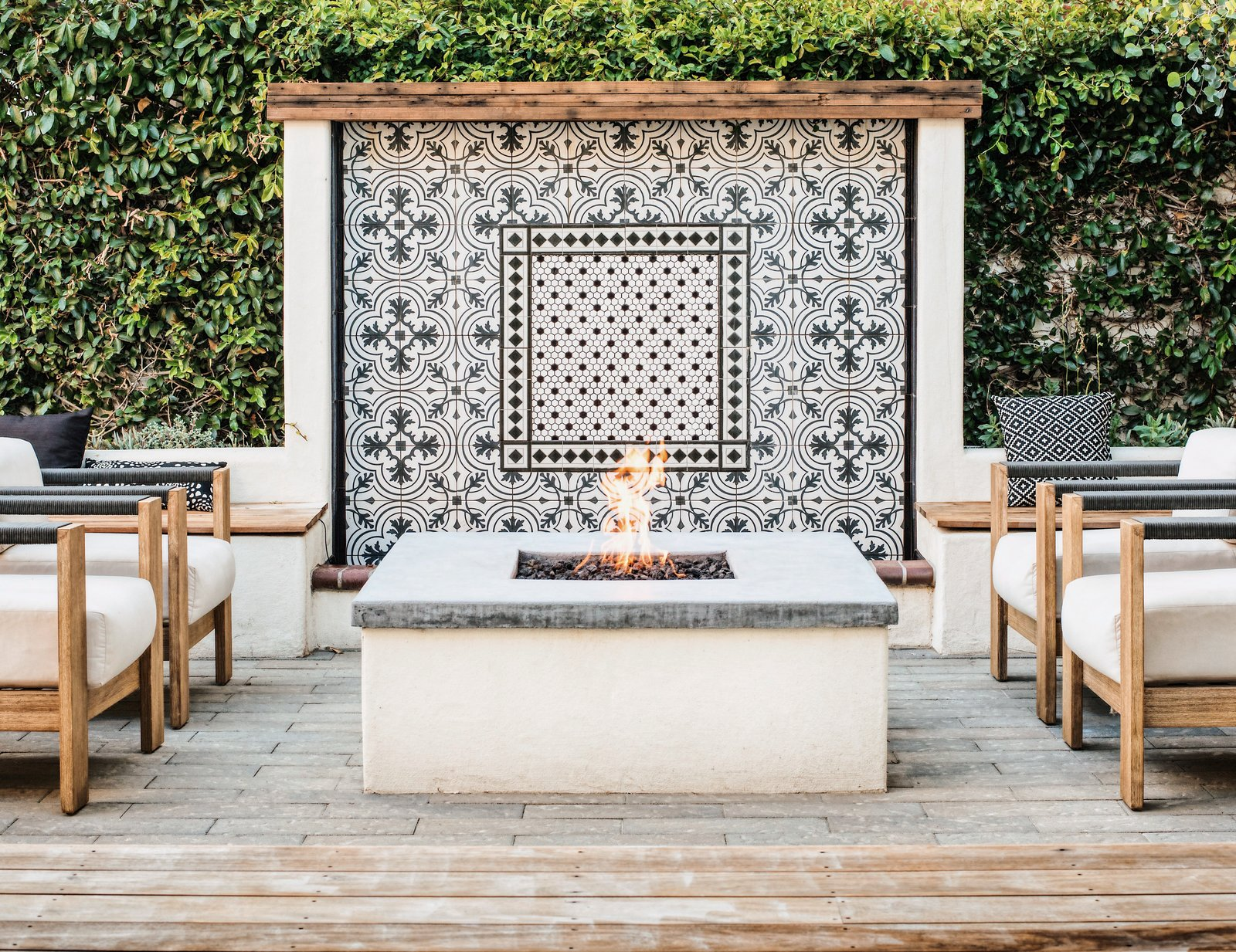 Spanish Revival by Colossus Mfg_Firepit Fountain