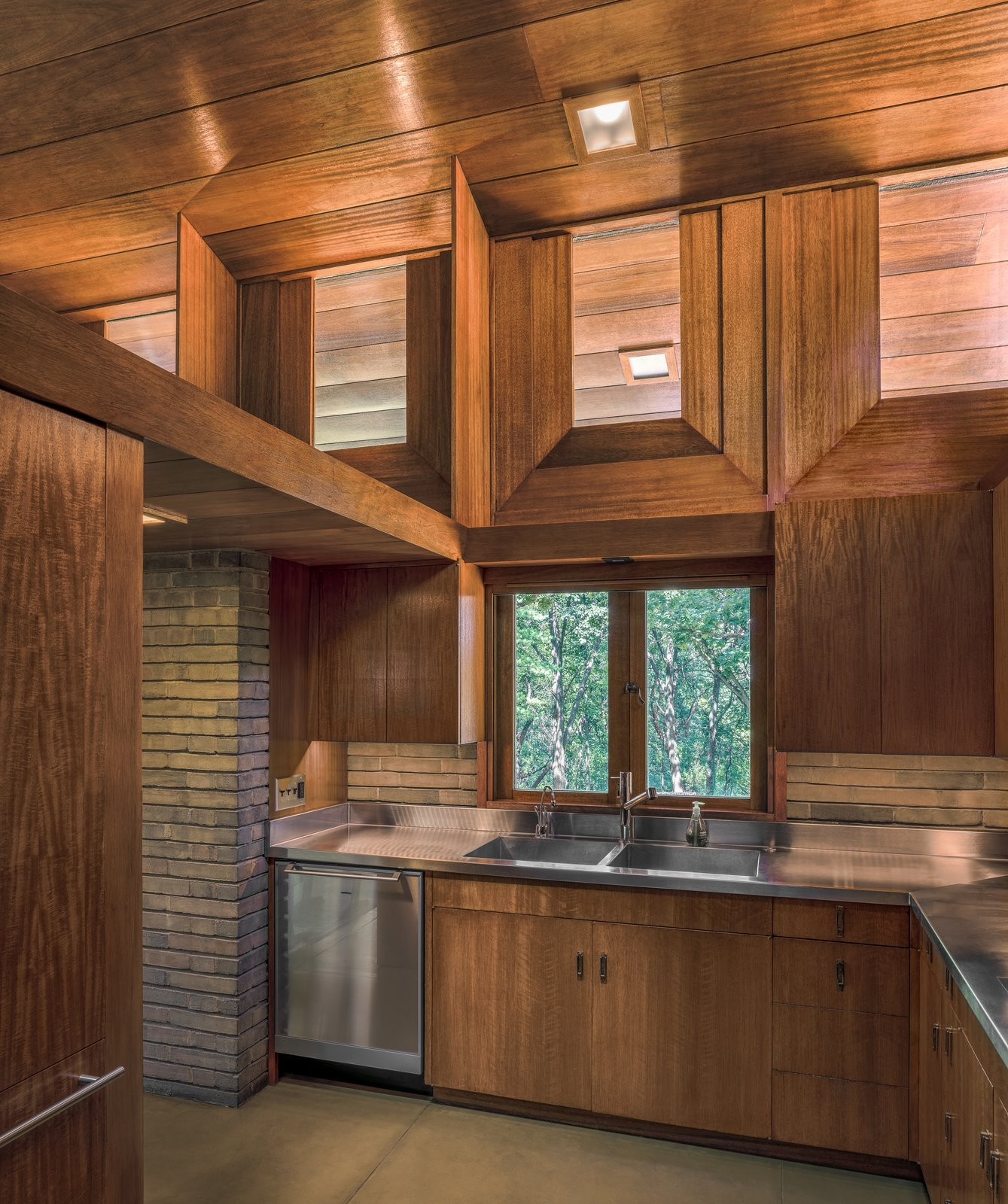 After: Fredrick House by Eifler and Associates Architects kitchen