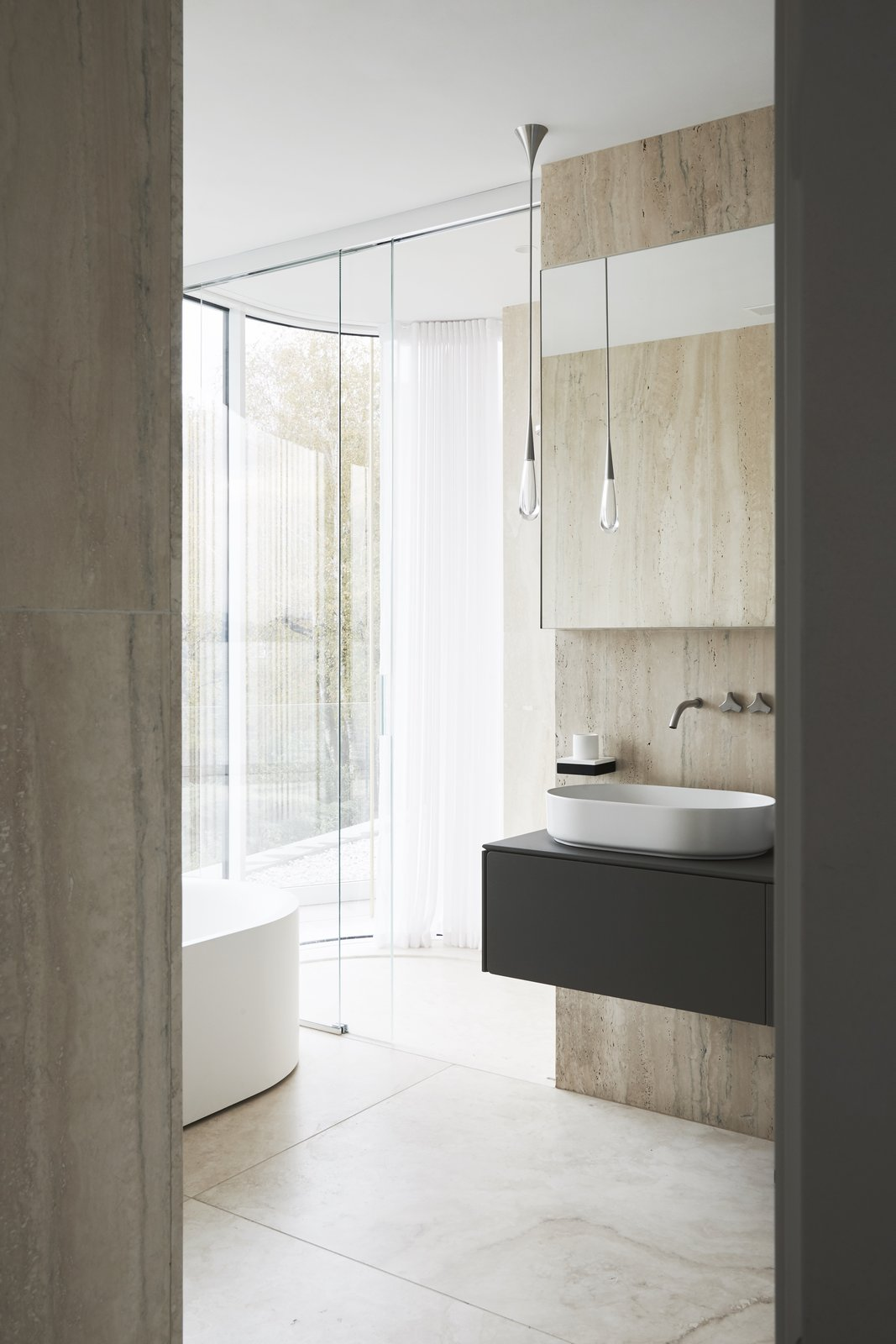 Villa Mosca Bianca by Design Haus Liberty Bathroom