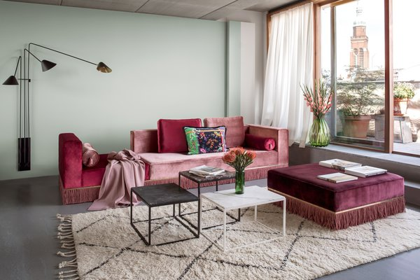 Designer Esther Bruzkus embraced bold color and texture in her Berlin apartment, leaving the window coverings to play a more subtle role.
