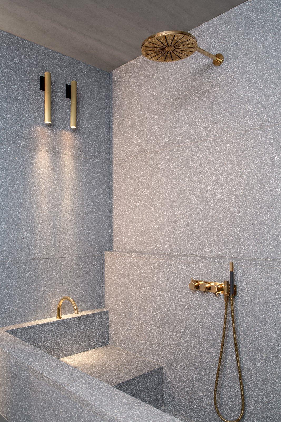 Ester's Apartment 2.0 by Ester Bruzkus Bathroom