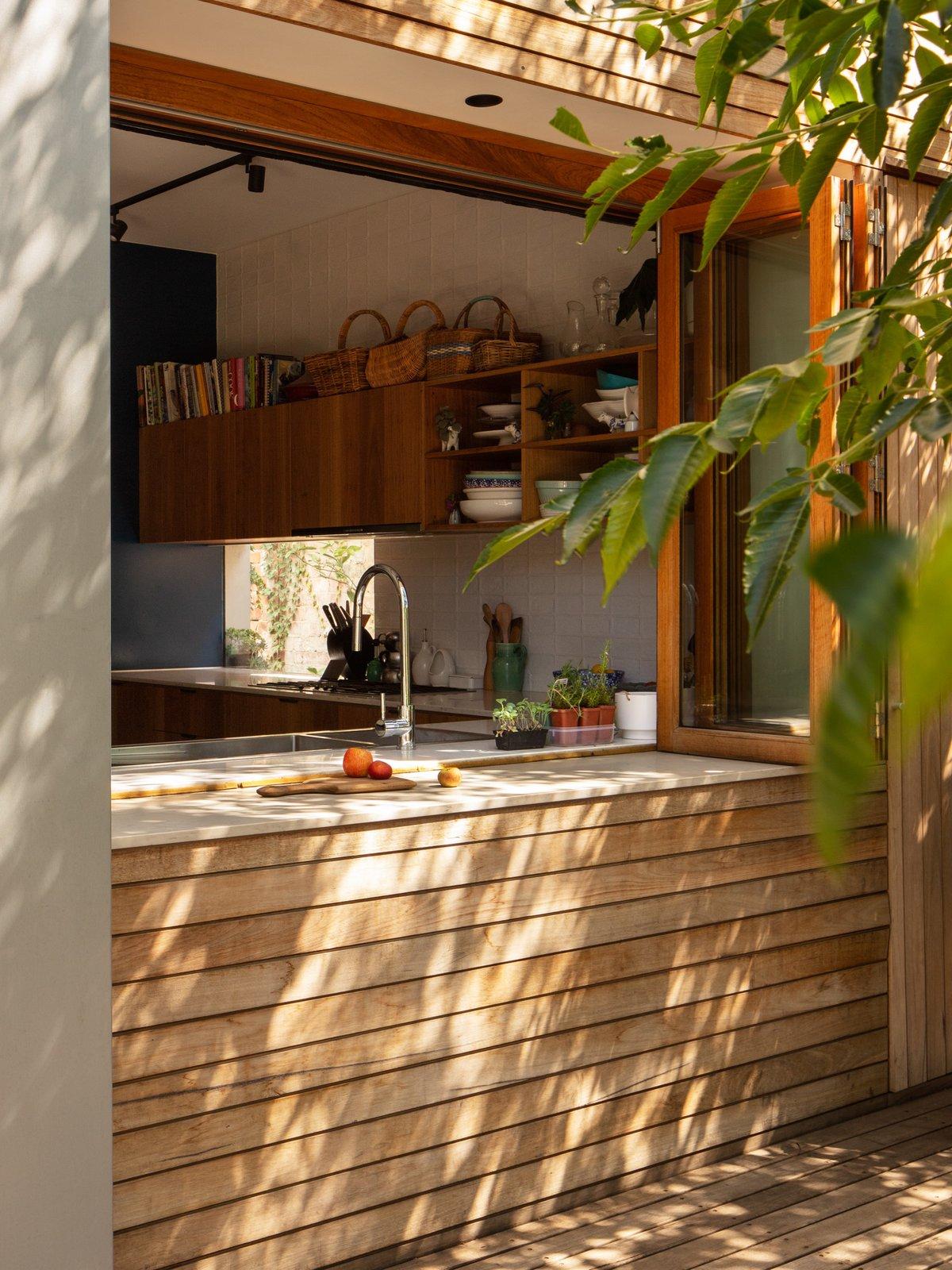 Elm Street House by Gardiner Architects Servery