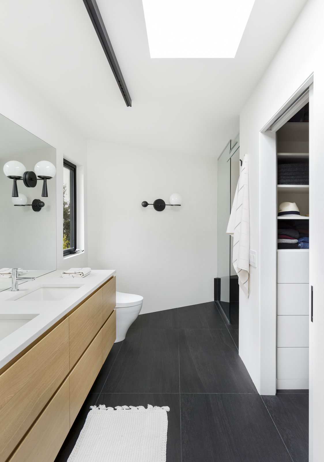 Portland SW Hills Mid Century Hideaway by Fieldwork Architecture and Design and Annie Wise Design Bathroom After