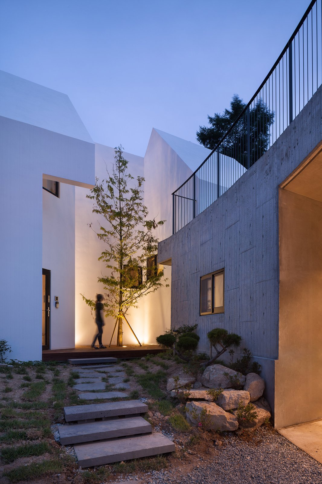 Nature Engulfs This South Korean House Nestled Into the Earth