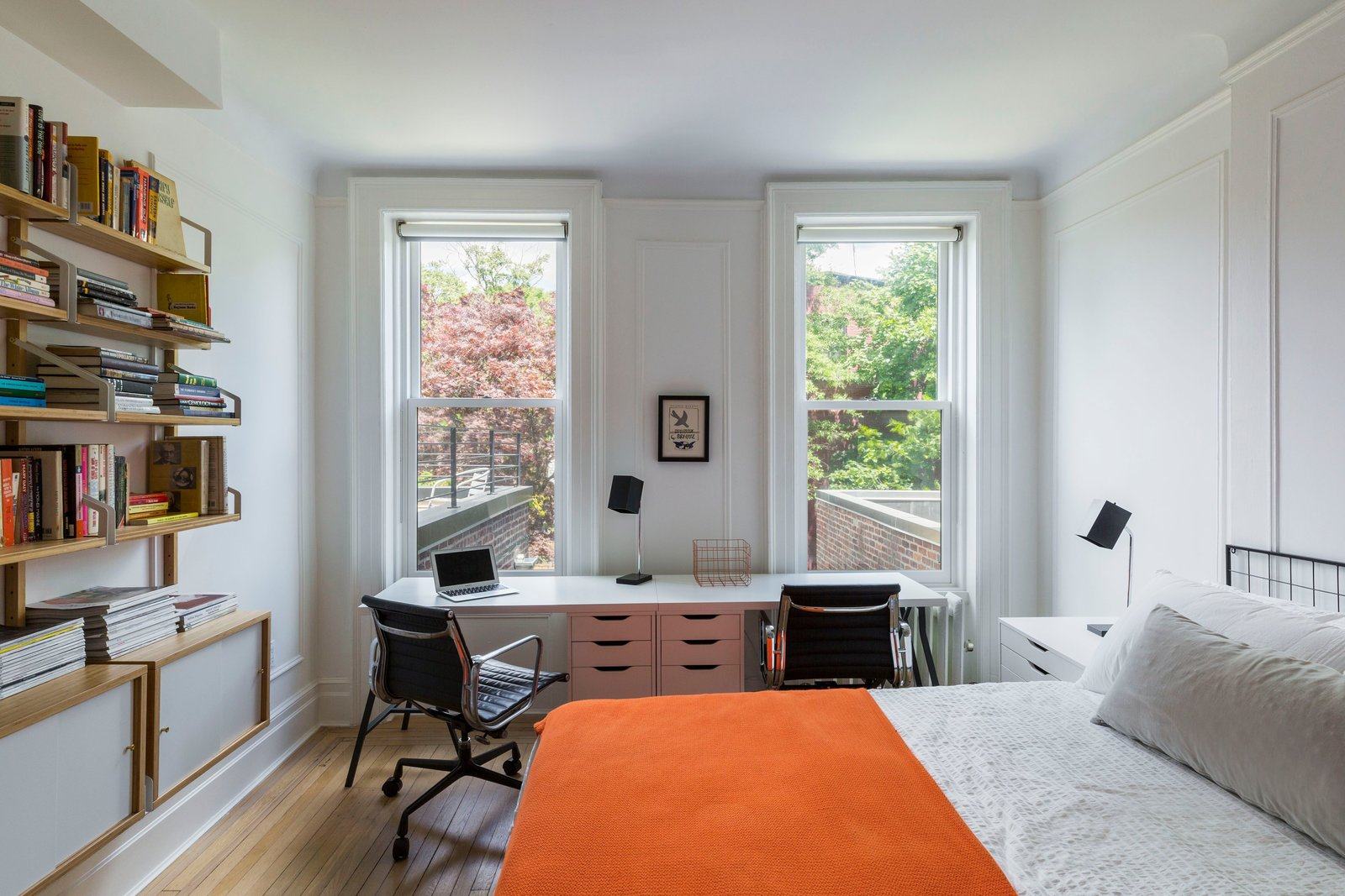 Clinton Hill Brownstone by Urban Pioneering Architecture Guest Room and Study