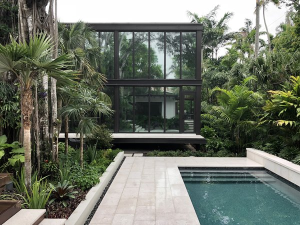 Before & After: A Modest Midcentury in Miami Expands Around a Lush Courtyard