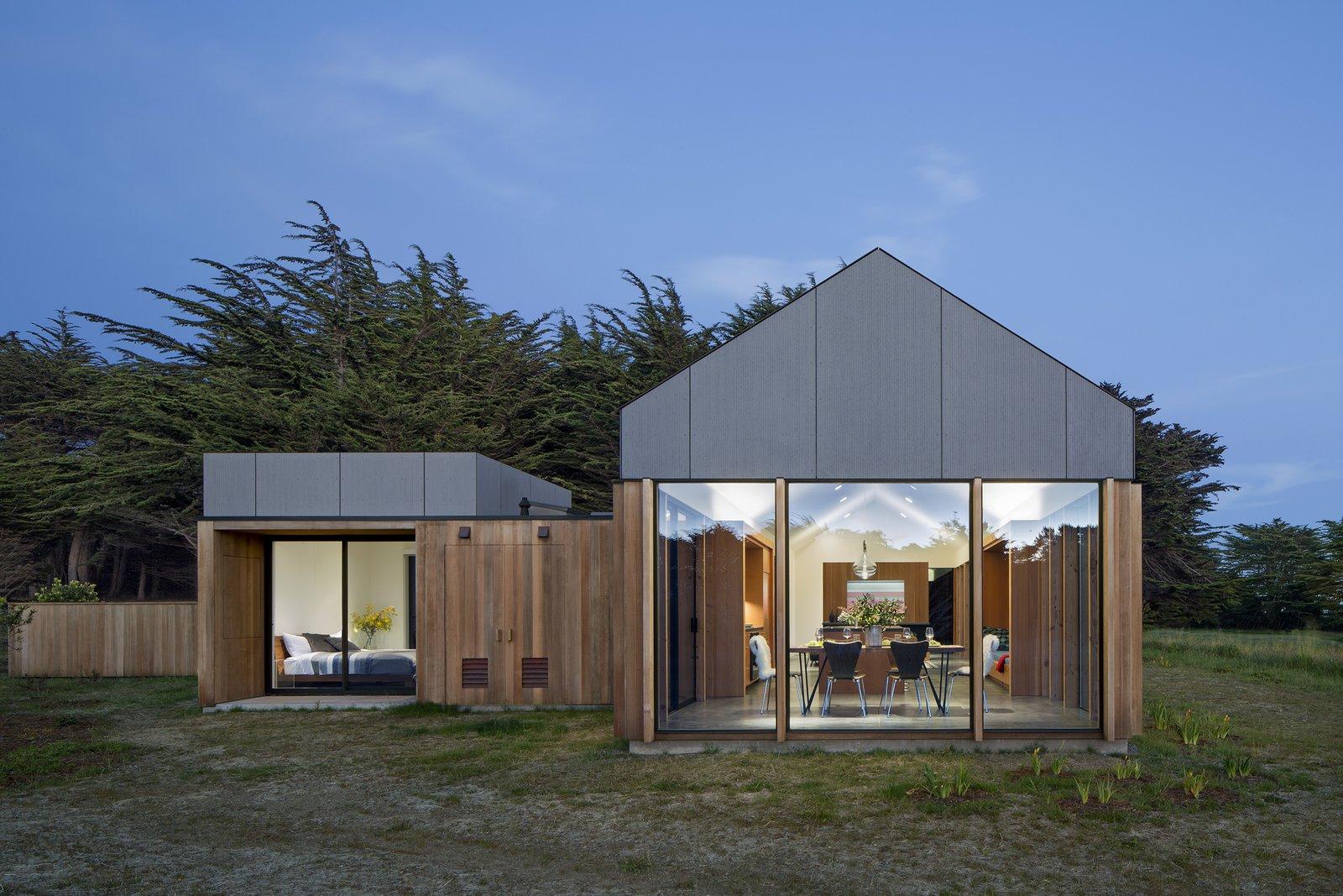 Skyfall Residence by Turnbull Griffin Haesloop