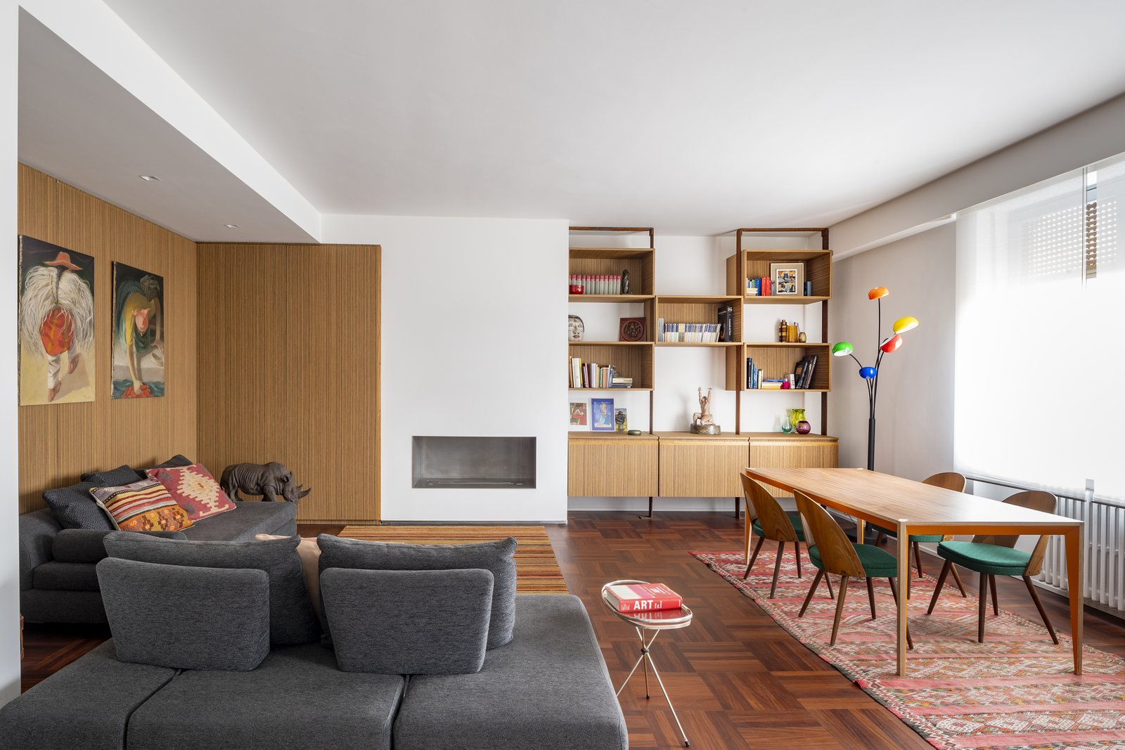 Tosio Street Apartment by alepreda architecture Living and dining room