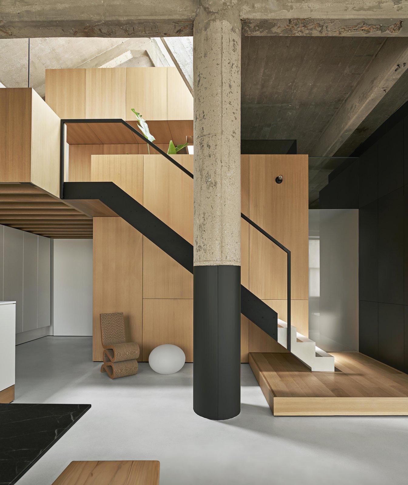 Michigan Loft by Vladimir Radutny Architects staircase