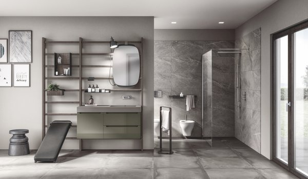 This bathroom features Idro components—including a mineral green matte lacquered vanity unit with a 10-centimeter-thick London Grey Fenix NTM top. The dark wood Core wall bars are bedecked with Gym Space components in the matte Anthracite finish. A leather strap attaches the mirror to the wall bar system.