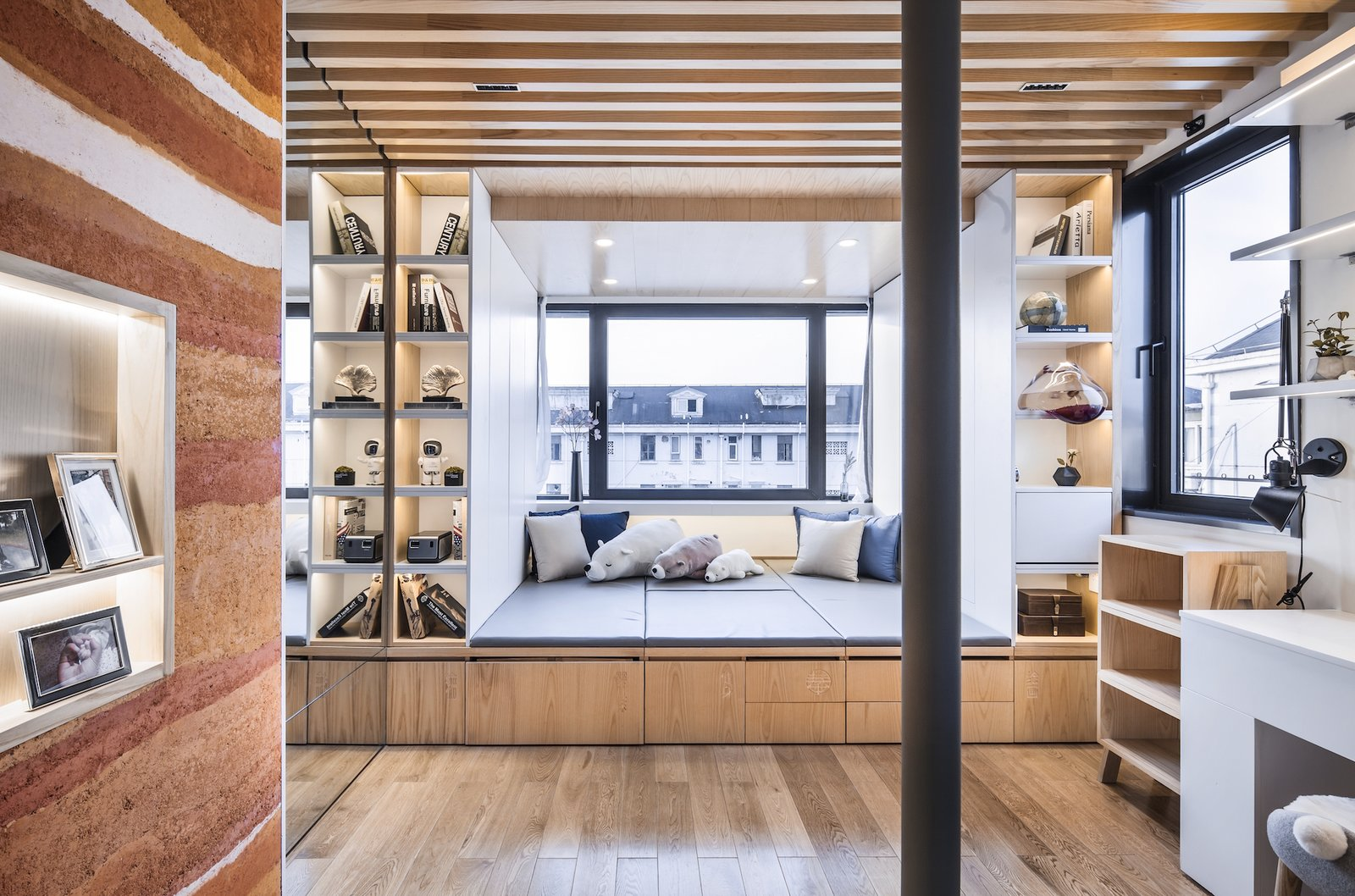 A House Within Thirteen Steps by L&M Design Lab Bedroom