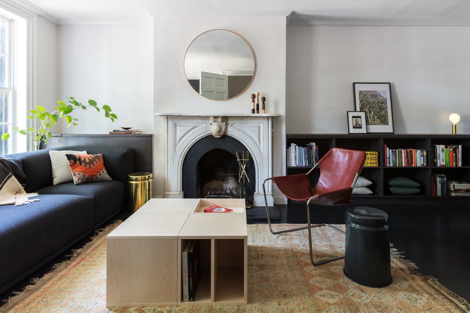 Extro/Intro Residence by Kalos Eidos Living Room