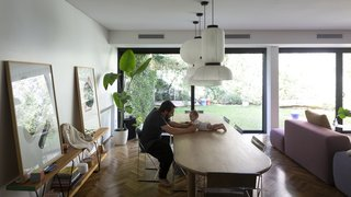 Martin designed the console for his old house, and it was produced by a local design shop called La Feliz. It is now available through Broca Muebles.