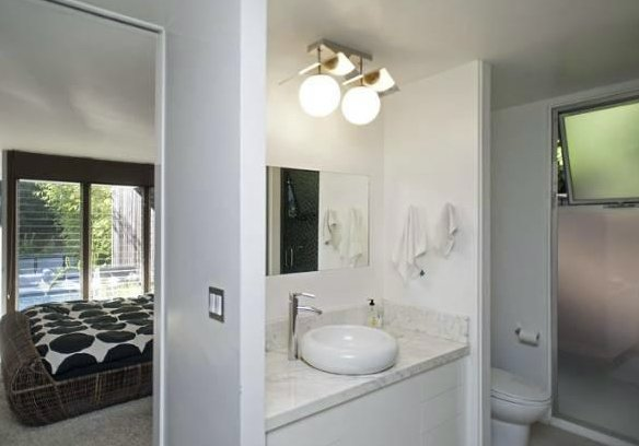 Before: Beachwood by Reath Design master bathroom