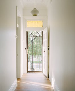 Bokey-Grant maintained heritage details like the amber glass above the front door and ceiling adornment.