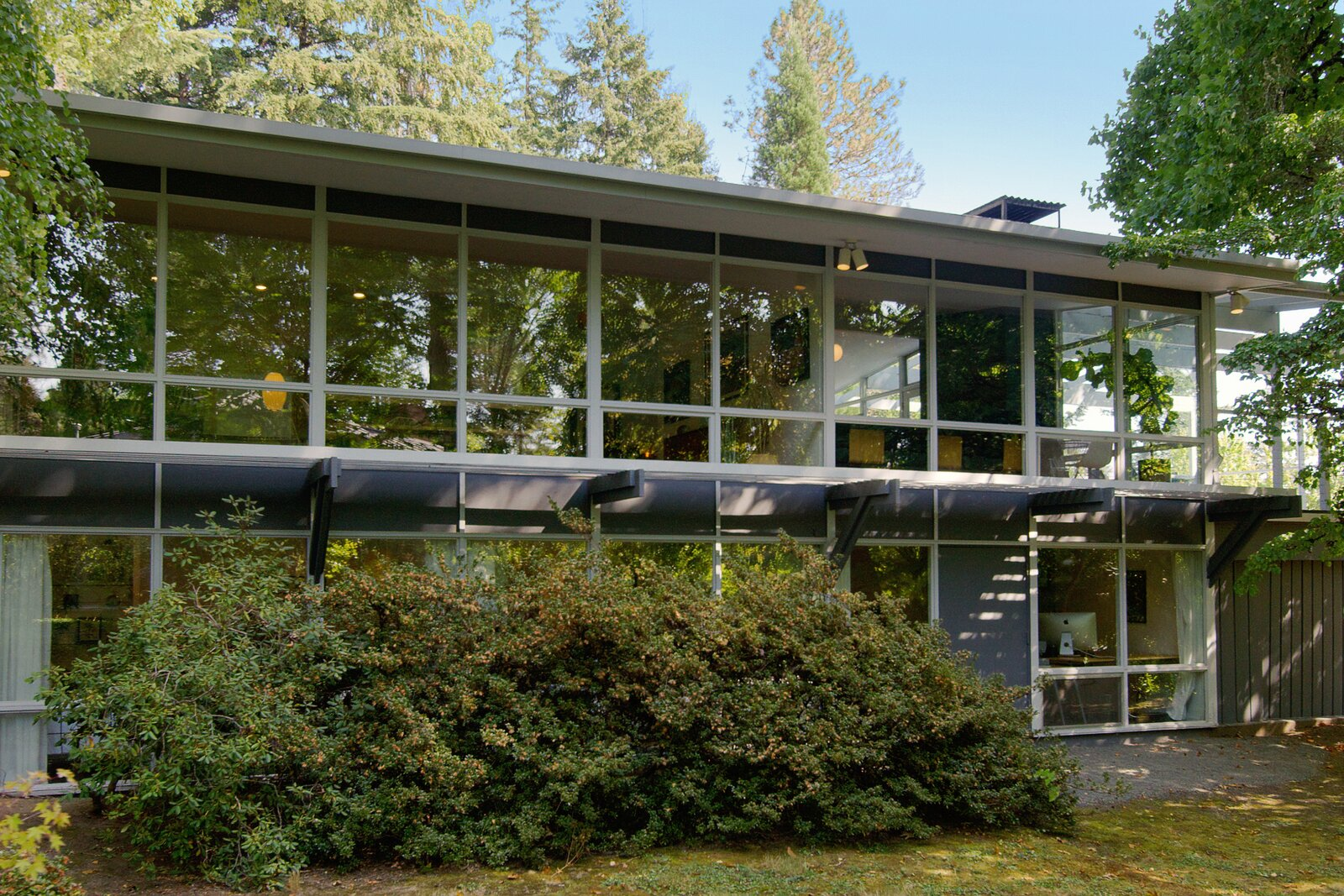 Exterior of Smith-Gerst Residence by Frank Shell