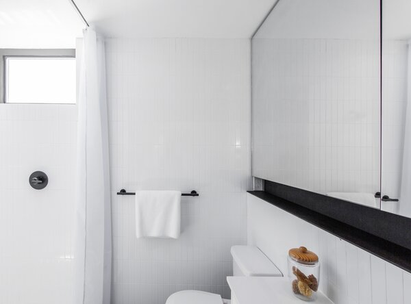 Best 42 Modern Bathroom Full Showers Subway Tile Walls Design Photos Dwell