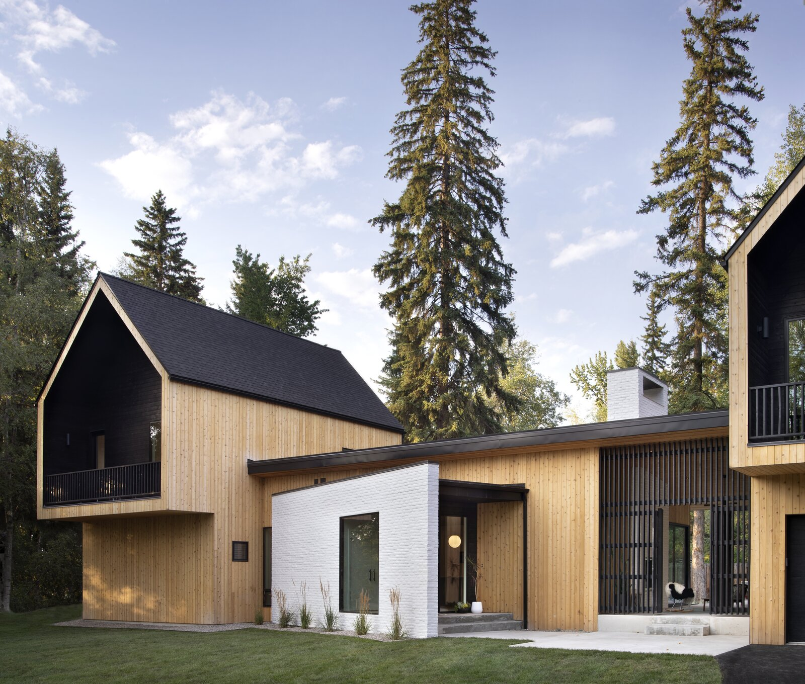 Exterior of Twin Peaks by Workaday Design