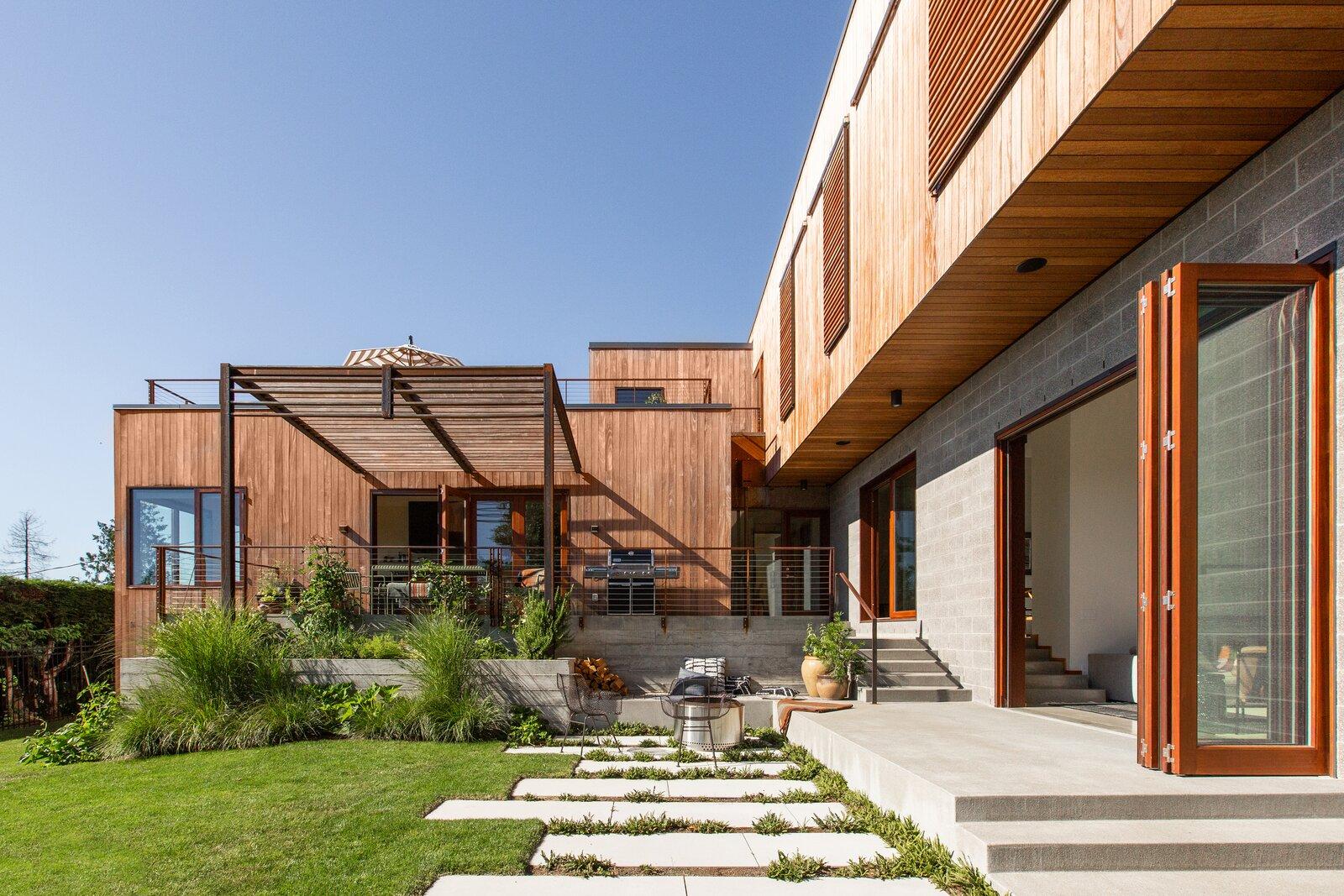 Beach Drive House by Revolve Development