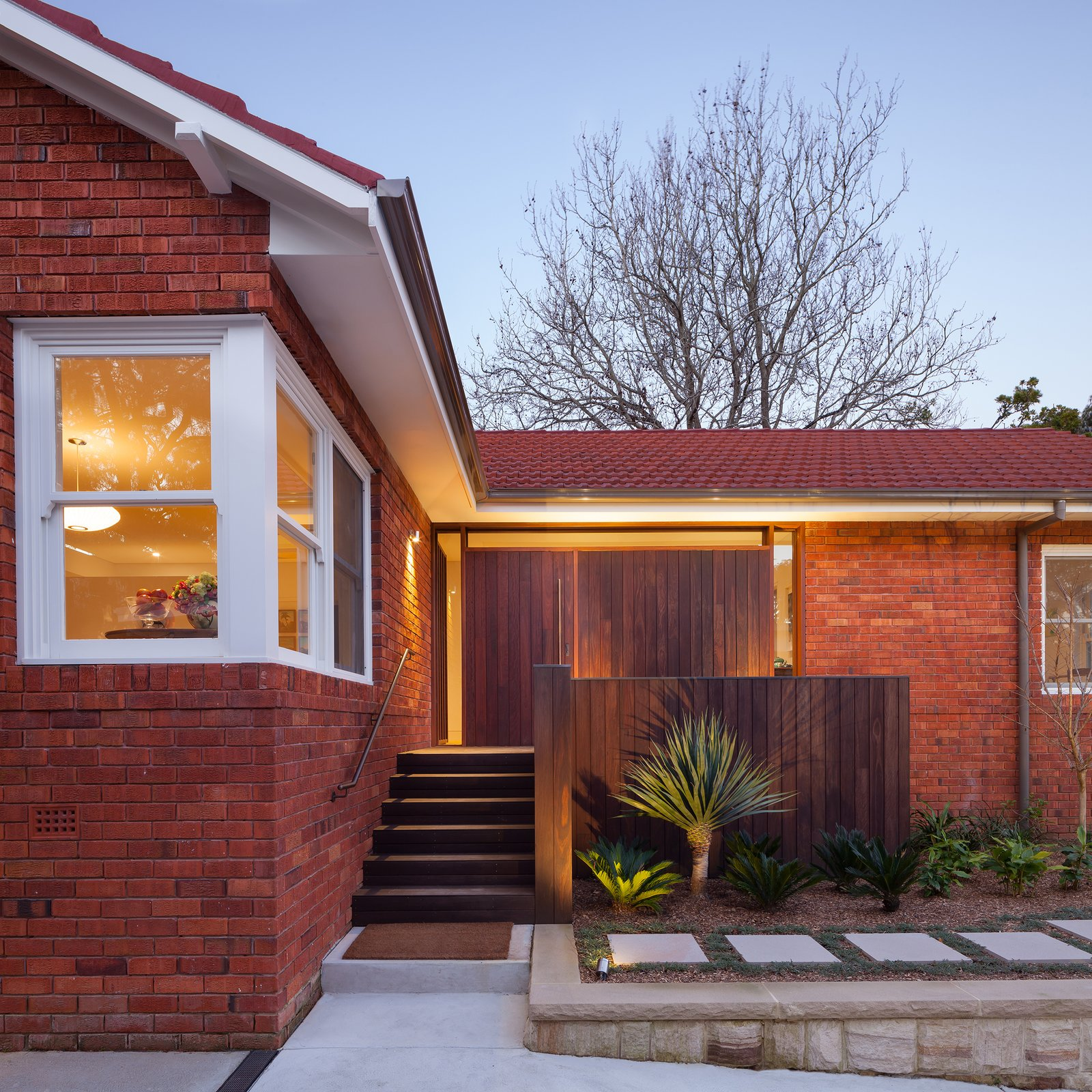 Existing Dwelling with New Front Entry (Exterior)  Castlecrag House by Gerard Page