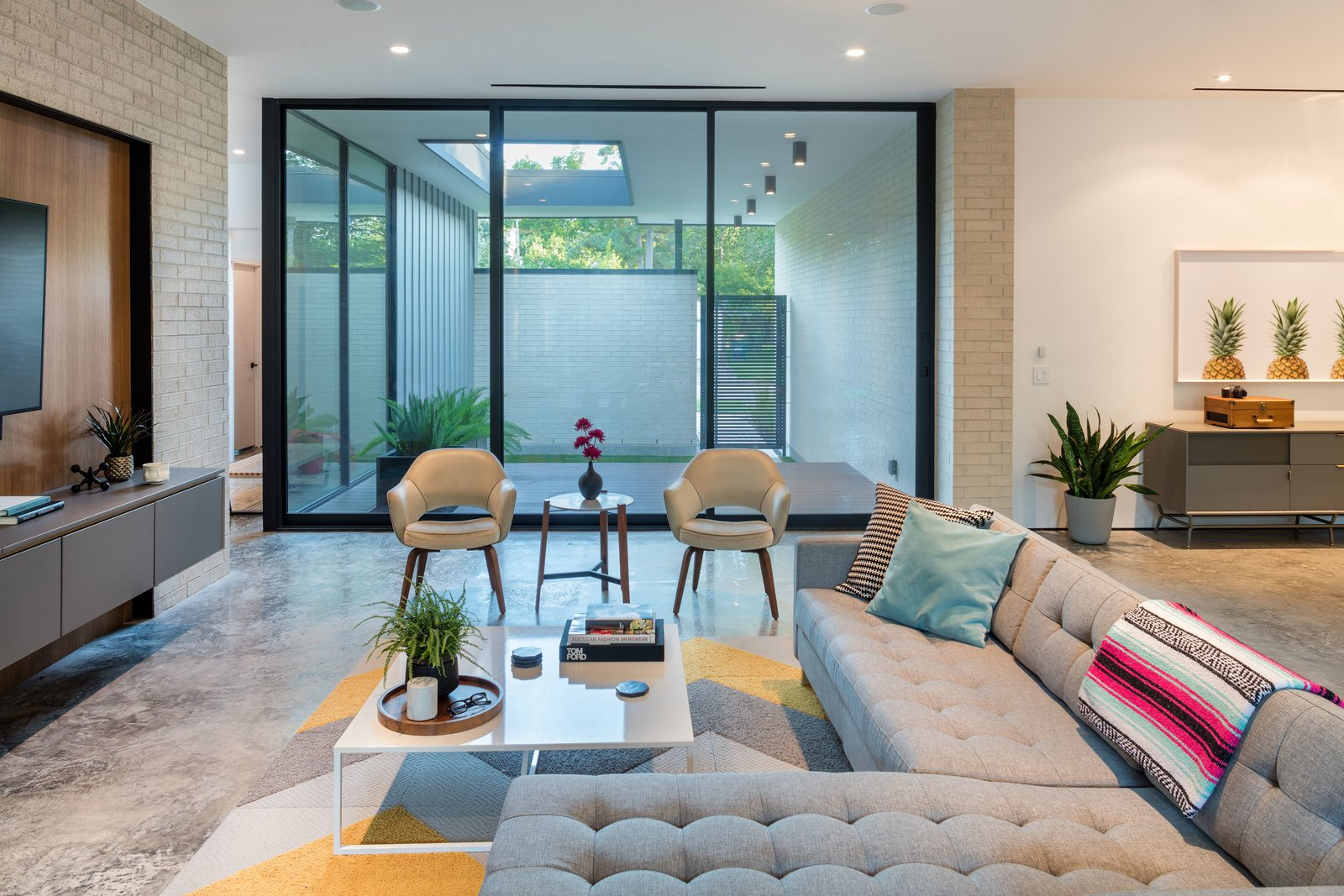 Living Room  Pavilion Haus by studioMET architects