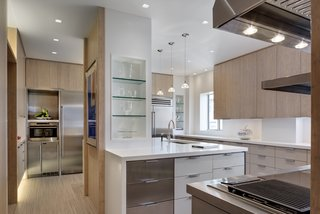 State Of The Art Central Park Kitchen, NY Modern Home In New ...