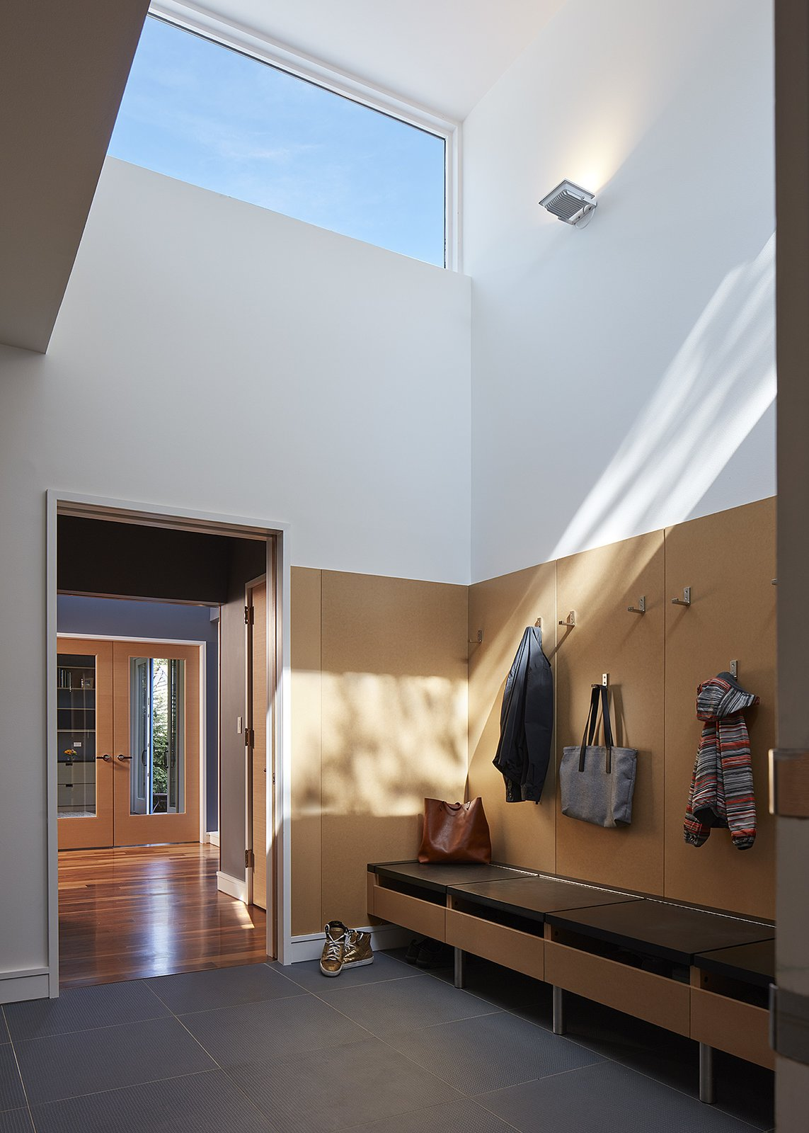 mudroom  Courtyard Residence by Kuklinski + Rappe Architects