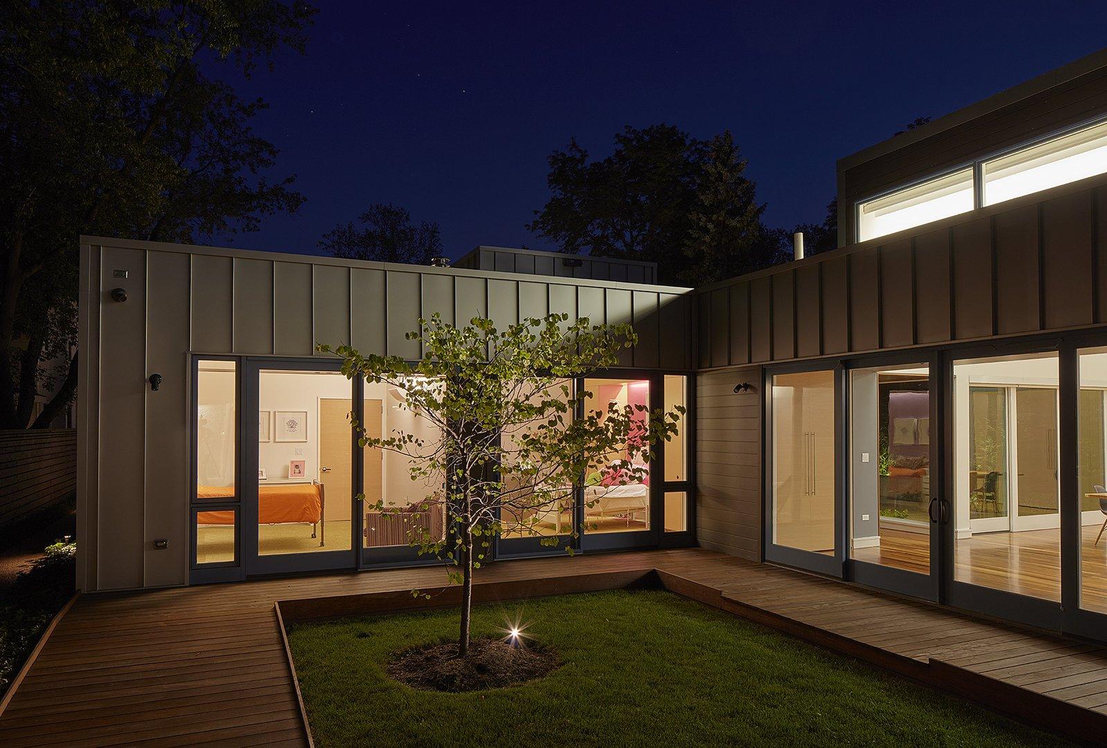 courtyard  Courtyard Residence by Kuklinski + Rappe Architects