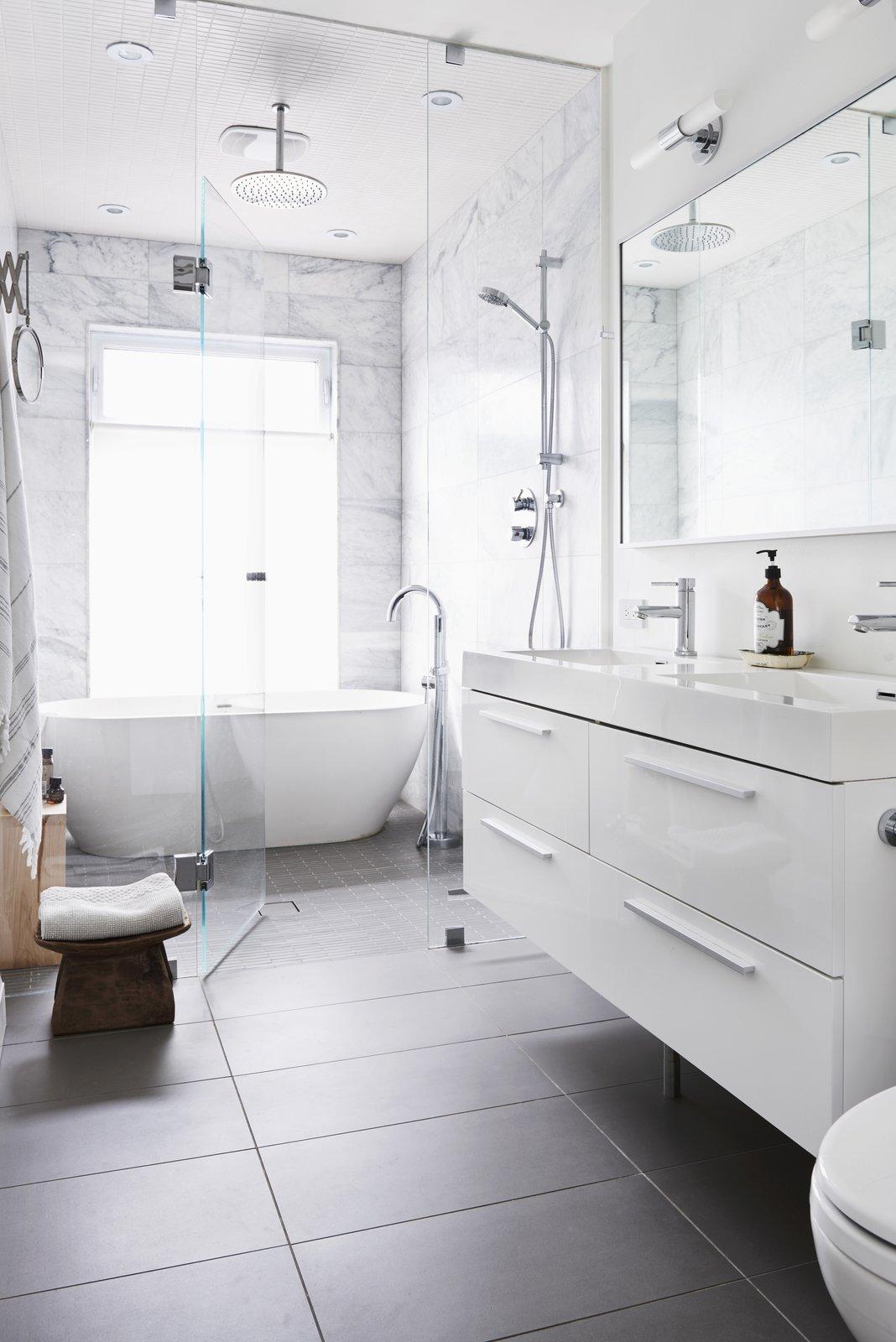 Photo 2 of 2 in Family Bathroom Renovation by carolina murialdo - Dwell