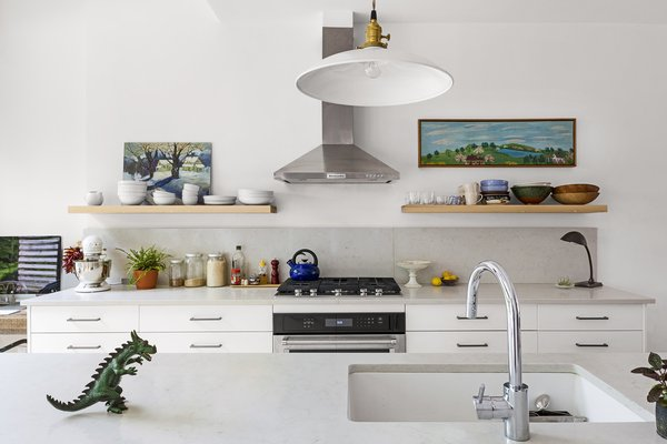 7 Effective Tips For Integrating Open Kitchen Shelving