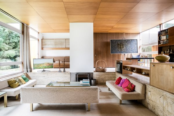 Different shades of brown can bring a calm, earthy feel to living rooms and studies.