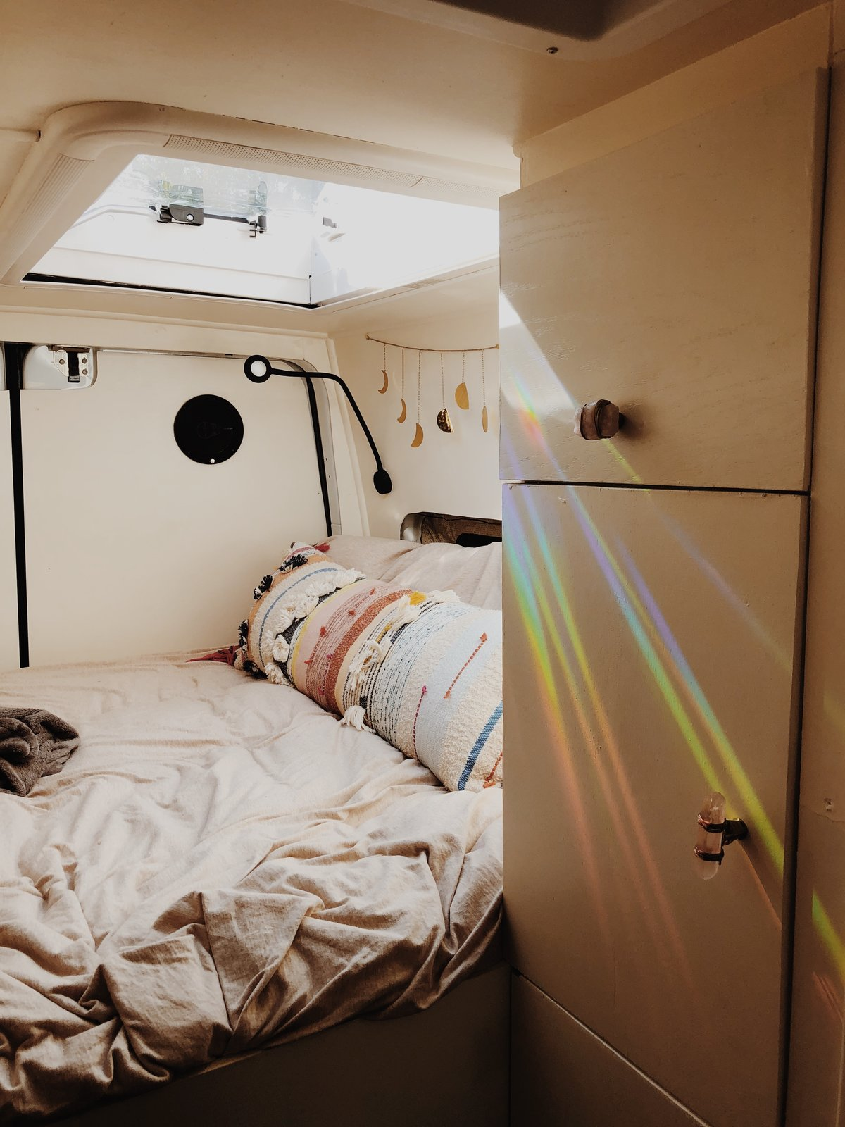 Dynamo Ultima Sprinter Van bedroom