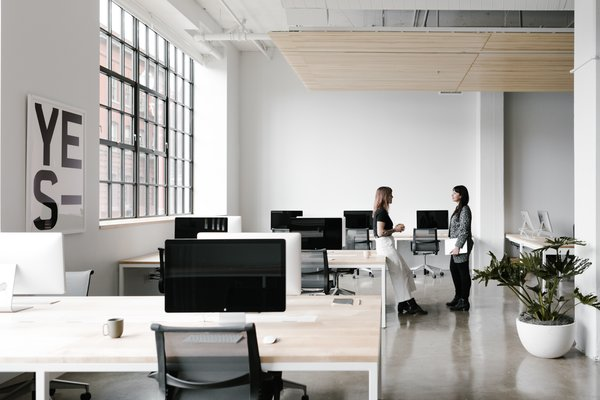 Office room interior design photos Real Estate Office The Office Spaces Are Set Up For Flexibility Custommade Desks Include Hidden Troughs Spazio Best Modern Office Design Photos And Ideas Dwell