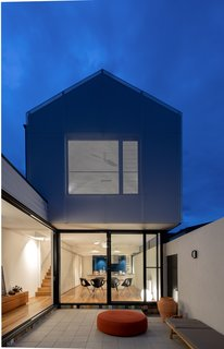 The new rear addition overlooks an exterior courtyard.