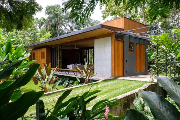 This Timber-Clad Brazilian Home Is 100% Powered by the Sun