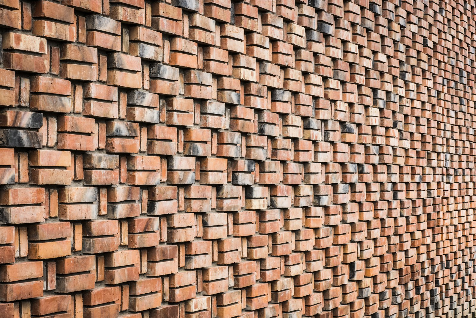 Mesmerizing Brickwork Wraps This House in Poland