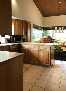Before After A Midcentury Portland Kitchen Gets A Light And