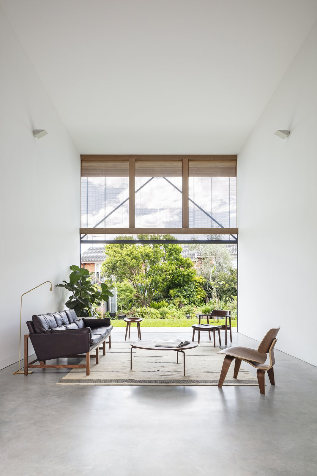 Courted House Breakspear Architects living room