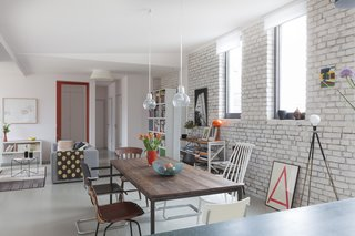 Before the renovation, brick walls and lackluster wooden floorboards suffocated the space. The design team introduced bright, neutral finishes.