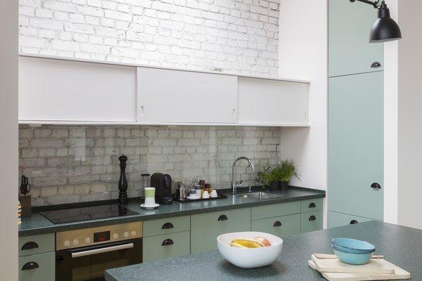 Best 60 Modern Kitchen Brick Backsplashes Design Photos And Ideas Dwell