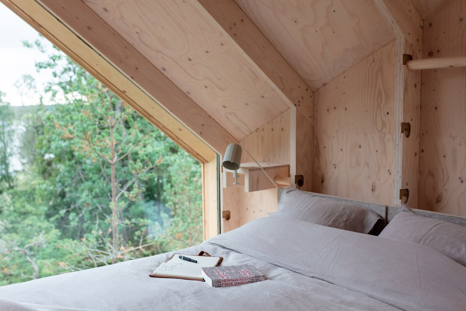 Space of Mind prefab cabin by Studio Puisto