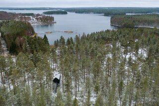 The resort includes just under 27,000 square feet of wild habitat, so there are plenty of opportunities to enjoy all that nature has to offer in Kivijärvi, Finland.