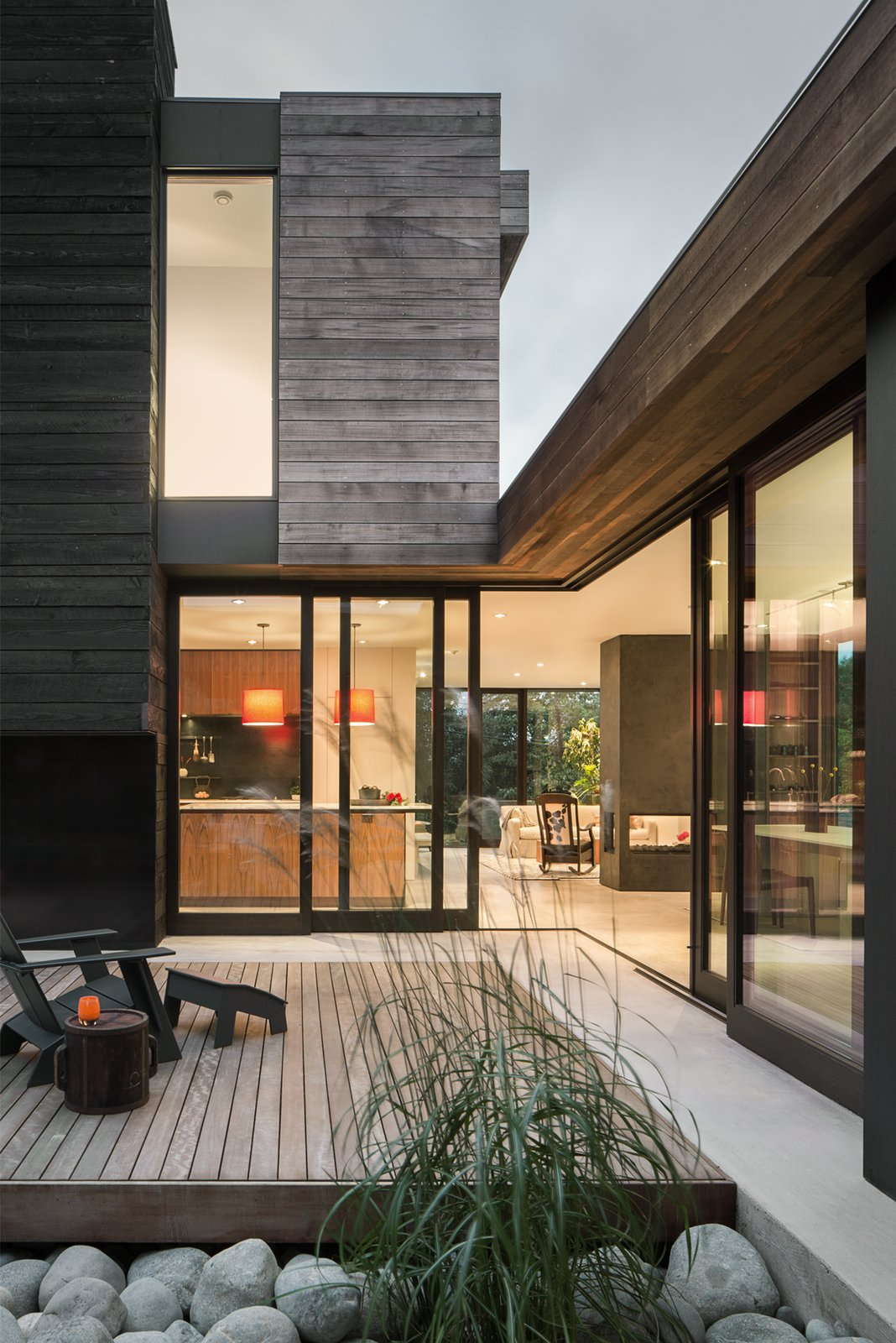 Outdoor, Small Patio, Porch, Deck, and Wood Patio, Porch, Deck Helen Street by mw|works  Helen Street by mwworks