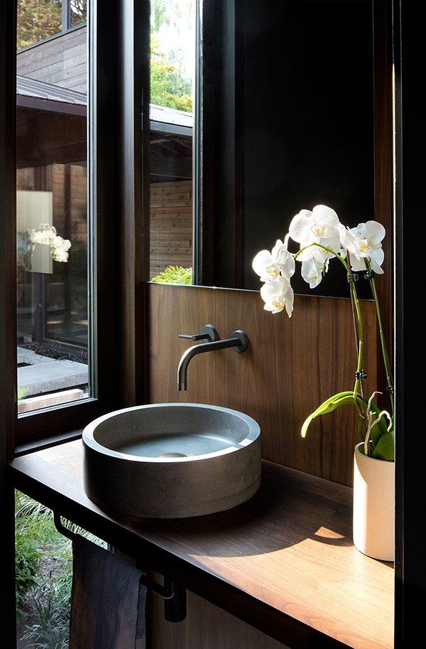Bath Room Laurelhurst Residence  Quantum Clad Windows & Doors