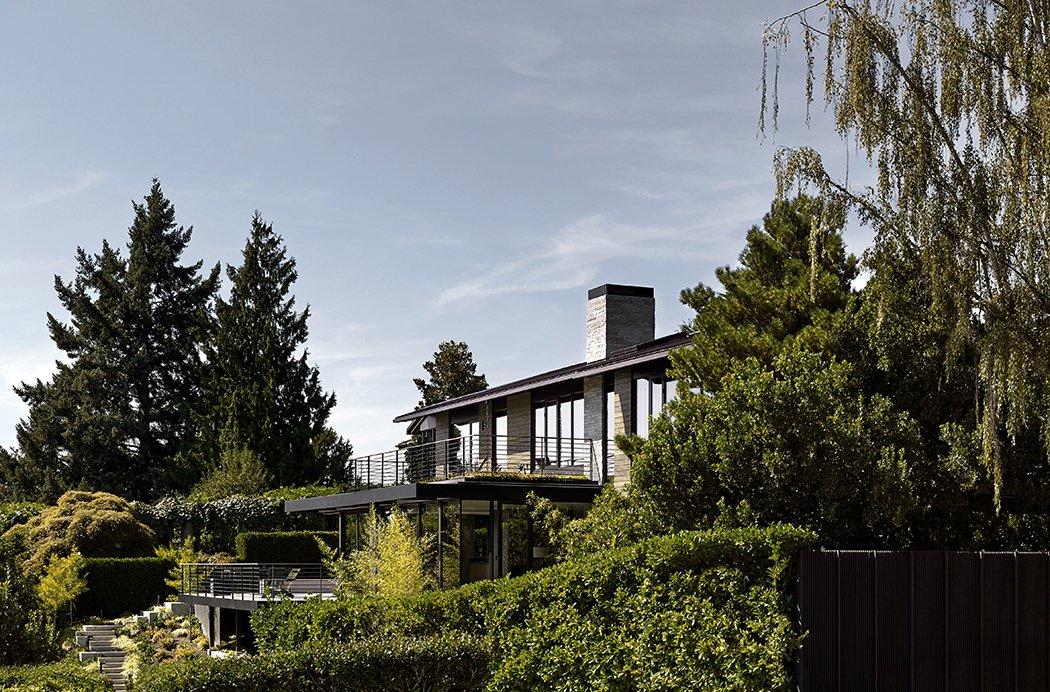 Outdoor Laurelhurst Residence  Quantum Clad Windows & Doors